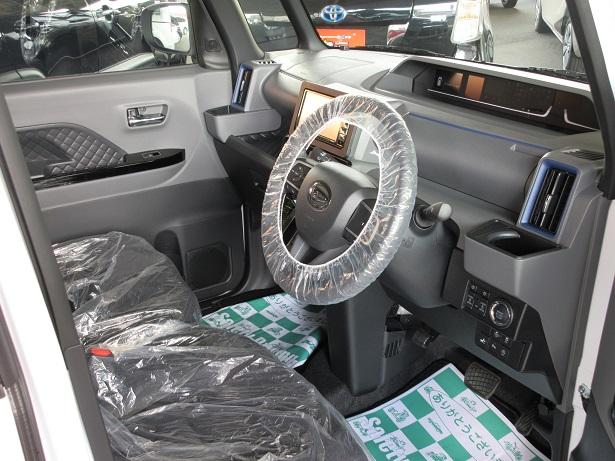 新型 タント カスタム RS ターボ 4WD  新古車 カーナビ