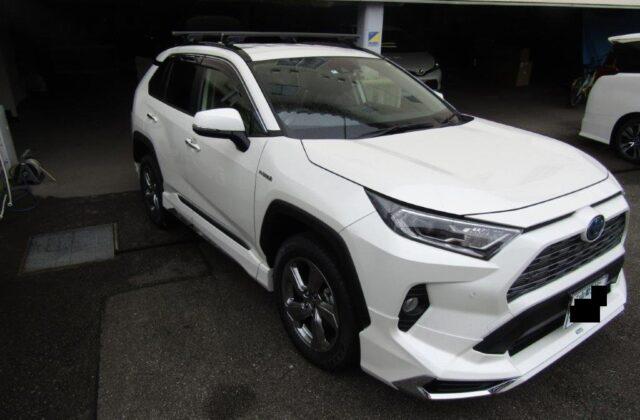 トヨタ RAV4 ハイブリッド ガソリン SUV モデリスタ 4WD